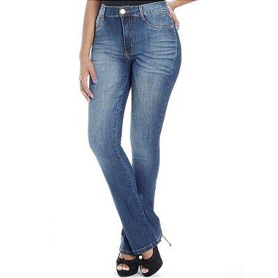 Calça Jeans Flare de Cós Alto