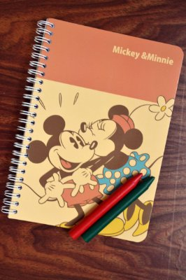 CADERNO - MICKEY & MINNIE