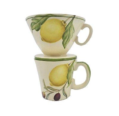 Caneca café com funil desenho de frutas - sob encomenda