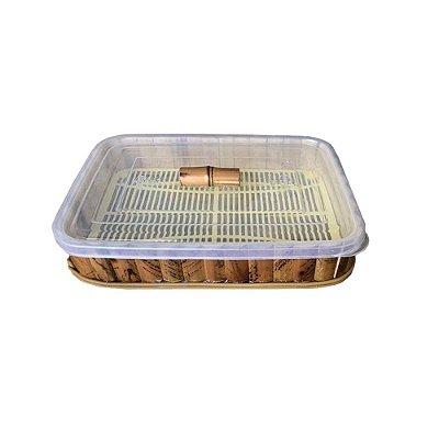 Porta frios de plástico com bambu
