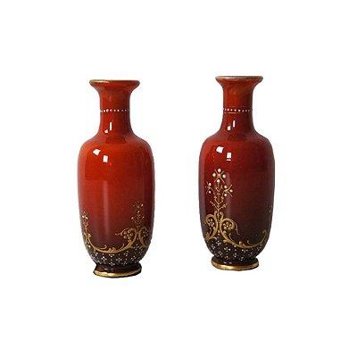 Par de vasos Baccarat opalina coral