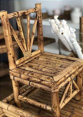 Cadeirinha Decorativa de Bambu