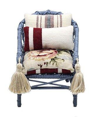 Mini Cadeira Decorativa em Vime com tassel