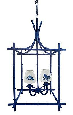 Lustre Gaiola azul com cupulas bordadas pássaros