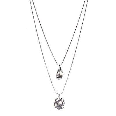 Colar Armazem RR Bijoux curto duplo pingente irregular prata