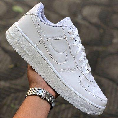 Tênis Nike Air Force Cano Baixo Branco