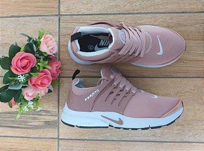 Tênis Nike Air Presto Nude
