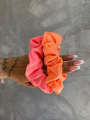 Scrunchies neon cream