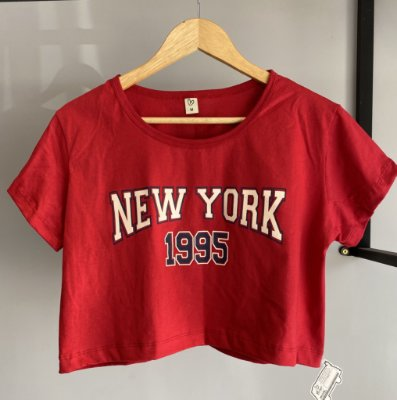 Cropped com manga New york