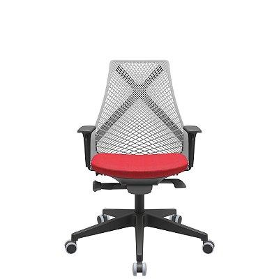 Cadeira de Escritório Presidente Tela BIX com Autocompensador NR17 Plaxmetal Tecido Poliester Vermelho Tela Cinza