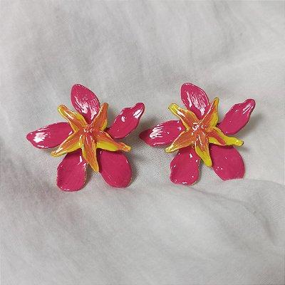 Brinco Flor Resinada Rosa e Amarela