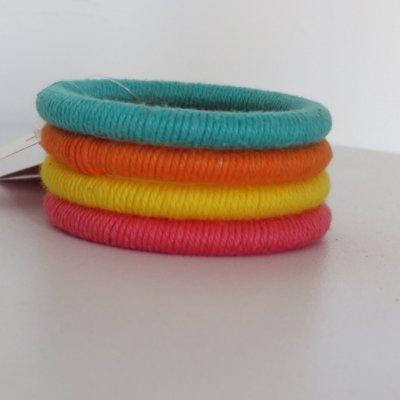 Bracelete colorido