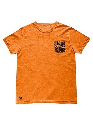 Camiseta Linha Essencial Com Bolso Charpey
