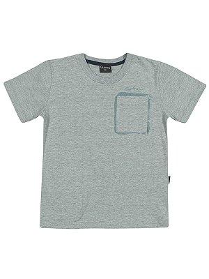 Camiseta Manga Curta em Meia Malha Com Bolso Quimby