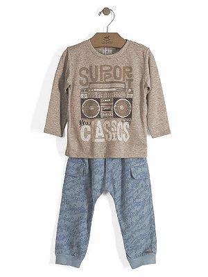 Conjunto Camiseta Manga Longa em Malha e Calça Estampada em Sarja Up Baby