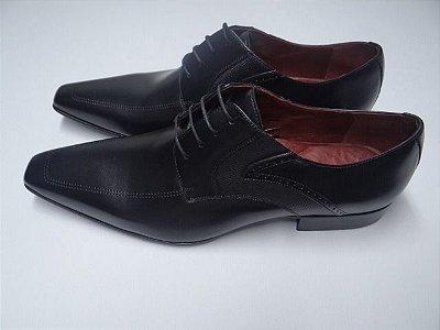 Sapato Albanese em couro
