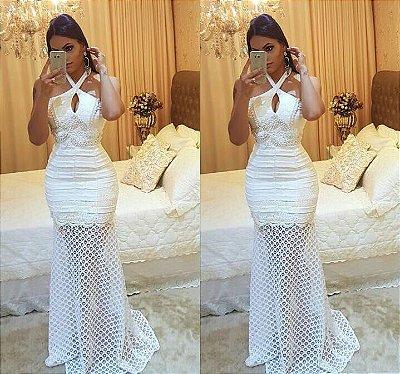 Vestido Longo Off White com Decote Trançado Bordado