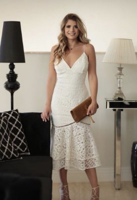 Vestido Daniela Midi com Decote Costas
