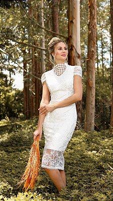 Vestido Miriã em Renda com Detalhes Bordados