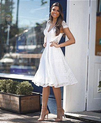 Vestido Evelyn Branco Midi em Renda