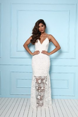 Vestido Samara Longo Branco em Renda