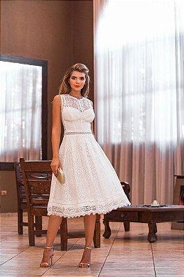 Vestido Carolaine Off White Midi em Renda