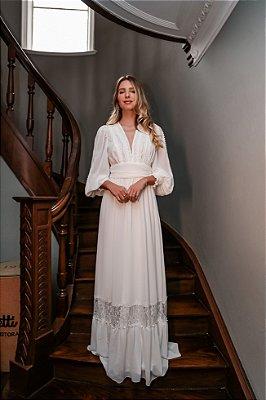 Vestido Monique Longo em Crepe e Detalhes em Renda