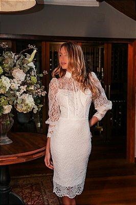 Vestido Laura Branco em Renda e Manga Longa