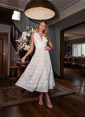Vestido Micaela Midi Off White em Renda