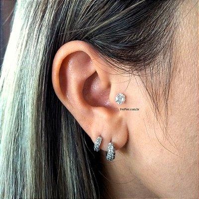 Piercing para Tragus/Orelha em Prata 950 (pingente) e haste e bolinha em aço cirurgico - Pedra de 5mm + flanela polidora