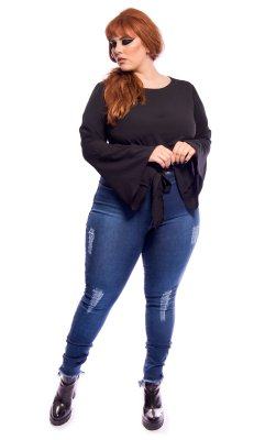 Jeans Cintura Alta Destroyed Super Skinny Barra Assimétrica Plus Size