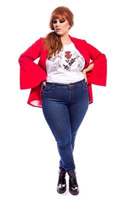 Calça Jeans Basic Super Skinny Com Lavagem Com Barra Desmanchada Plus Size