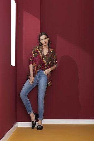 Calça Jeans Maria Valentina M. Julia Contraste Denim - Sua loja de ... 8810c764ce4