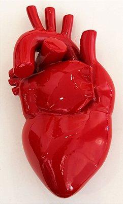 ESCULTURA EM ALUMÍNIO VERMELHO FERRARI HEART