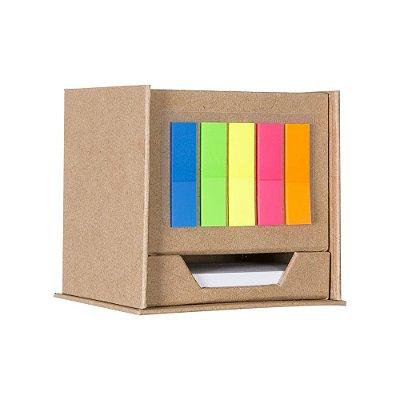 Bloco de anotações cubo com post-it e porta caneta dois compartimento. Código: SK 13142