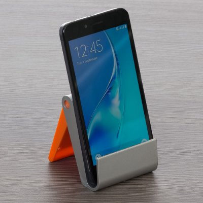 Porta celular em plástico resistente com limpador de tela.cod.SK 13021