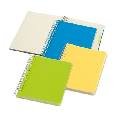 Caderno. PP.  Com 64 folhas pautadas cor creme Cód.SPCG33403
