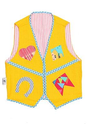 Colete amarelo com estampa diversa - Festa Junina - QUIMERA KIDS