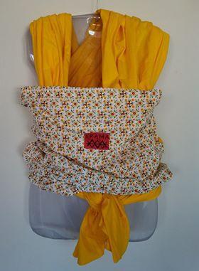 Wrap sling amarelo flores