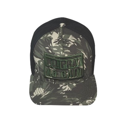 Boné No Pray No Gain Camuflado Trucker