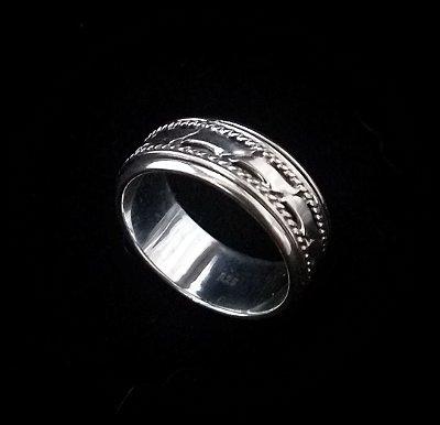 Anel Saturno em Prata bali925