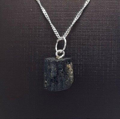 Pingente Pedra Natural Turmalina + colar 45cm Prata 925