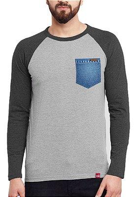 Camiseta Manga Longa Wevans Bolso Aplique Jeans