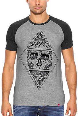 Camiseta Raglan Wevans  Caveira MMXV Cinza