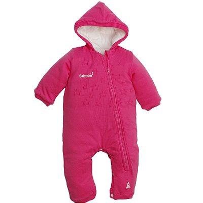 Macacão de tricot rosa com forro, capuz fixo e abertura entre pernas – acompanha body