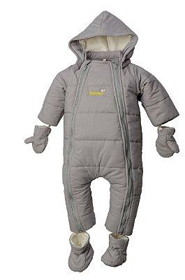 Macacão astronauta cinza com capuz, luvas e meias embutidas removíveis, dois zíperes frontais