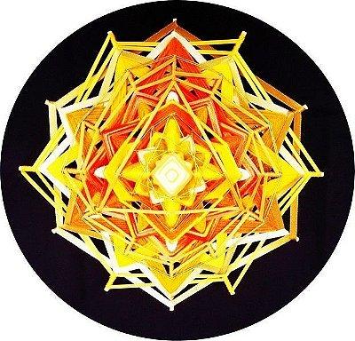 Mandala de lã e fitas (30 cm e 12 pontas)