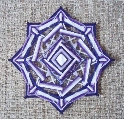 Mandala (30 cm) Rosa dos Ventos lilás