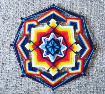 Mandala bordada multi colorida 30 cm