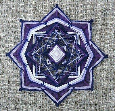 Mandala em flor Roxa 8 pontas